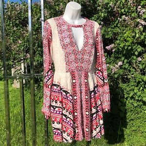 Boho FREE PEOPLE Bell Sleeve dress 2 New Xs Mini